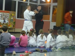 2014-12-Polaganje-i-urucenje-diploma4