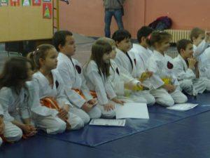 2015-12-Polaganje-i-urucenje-diploma17